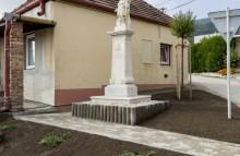 Požehnanie obnovenej sochy sv. Floriána