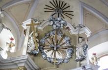 Holubica - Duch svätý, Kristus s Krížom a Boh Otec